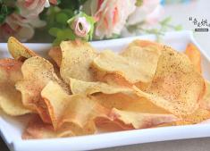 �潘康谋匦杵� 自制薯片