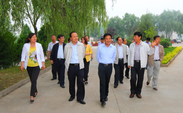 考察团赴耀州区考察学习