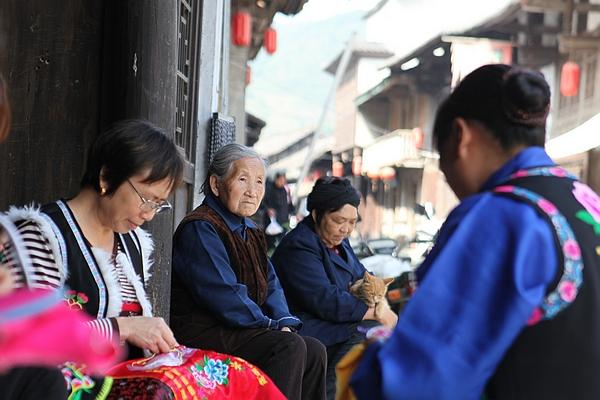 青木川:真实记录原生态古镇的平民生活