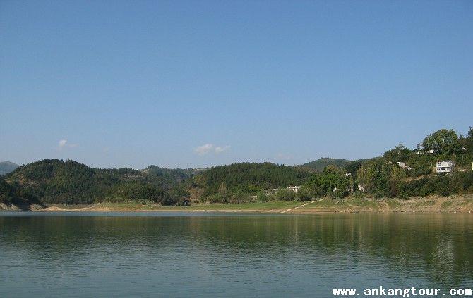 安康行之一:瀛湖风景