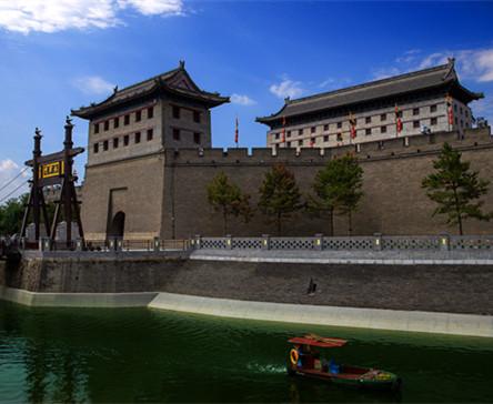 畅玩西安古城墙南门之南门戏水