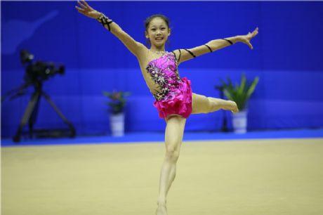 全国体操冠军赛在宝鸡举行